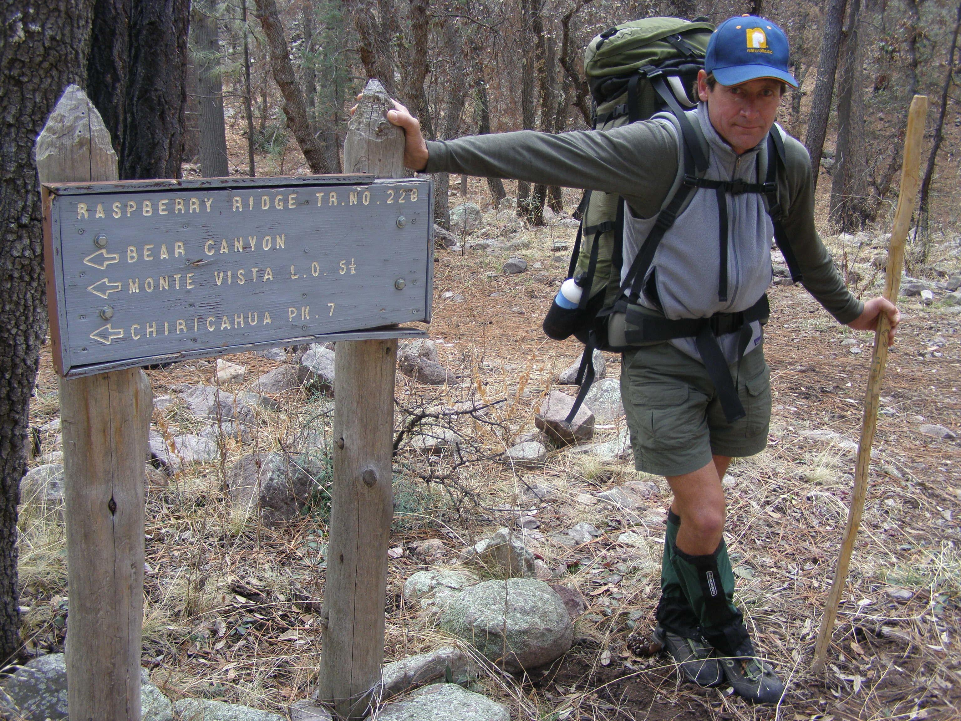 Davis starts 40-mile Chiricahuas Trek_KVacariu