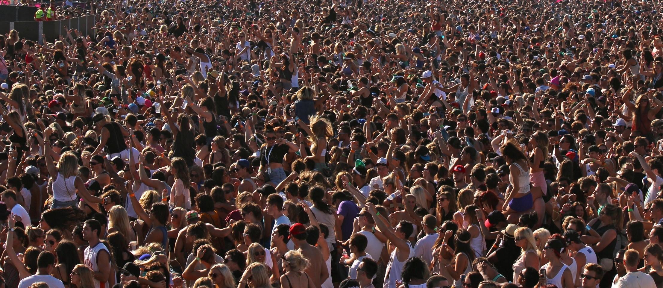 Crowd, public domain