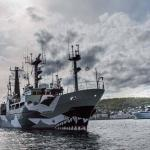 Sam Simon alongside the Norwegian Coast Guard vessel, Harstad.