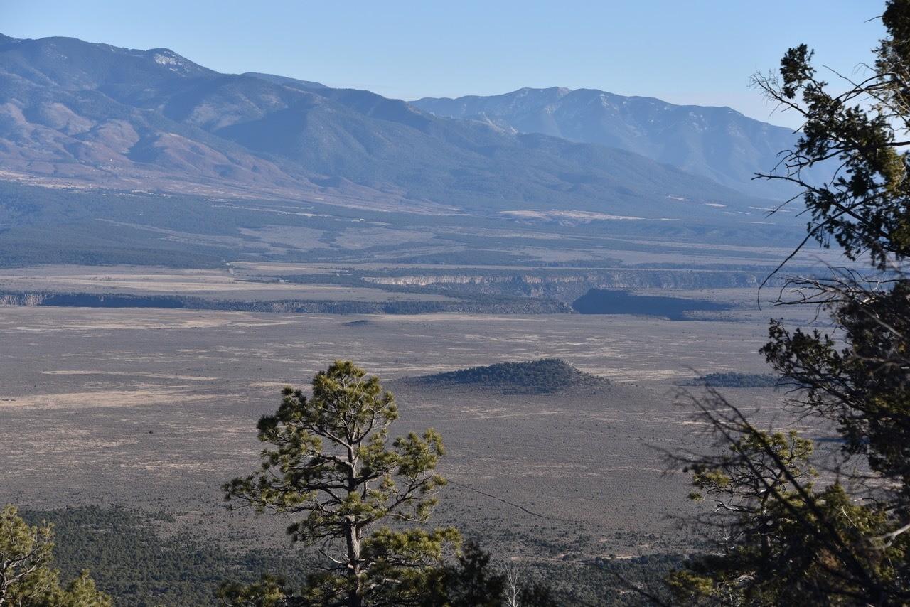 Rio Grande del Norte National Monument, the gorge from Pot Mountain © John Miles