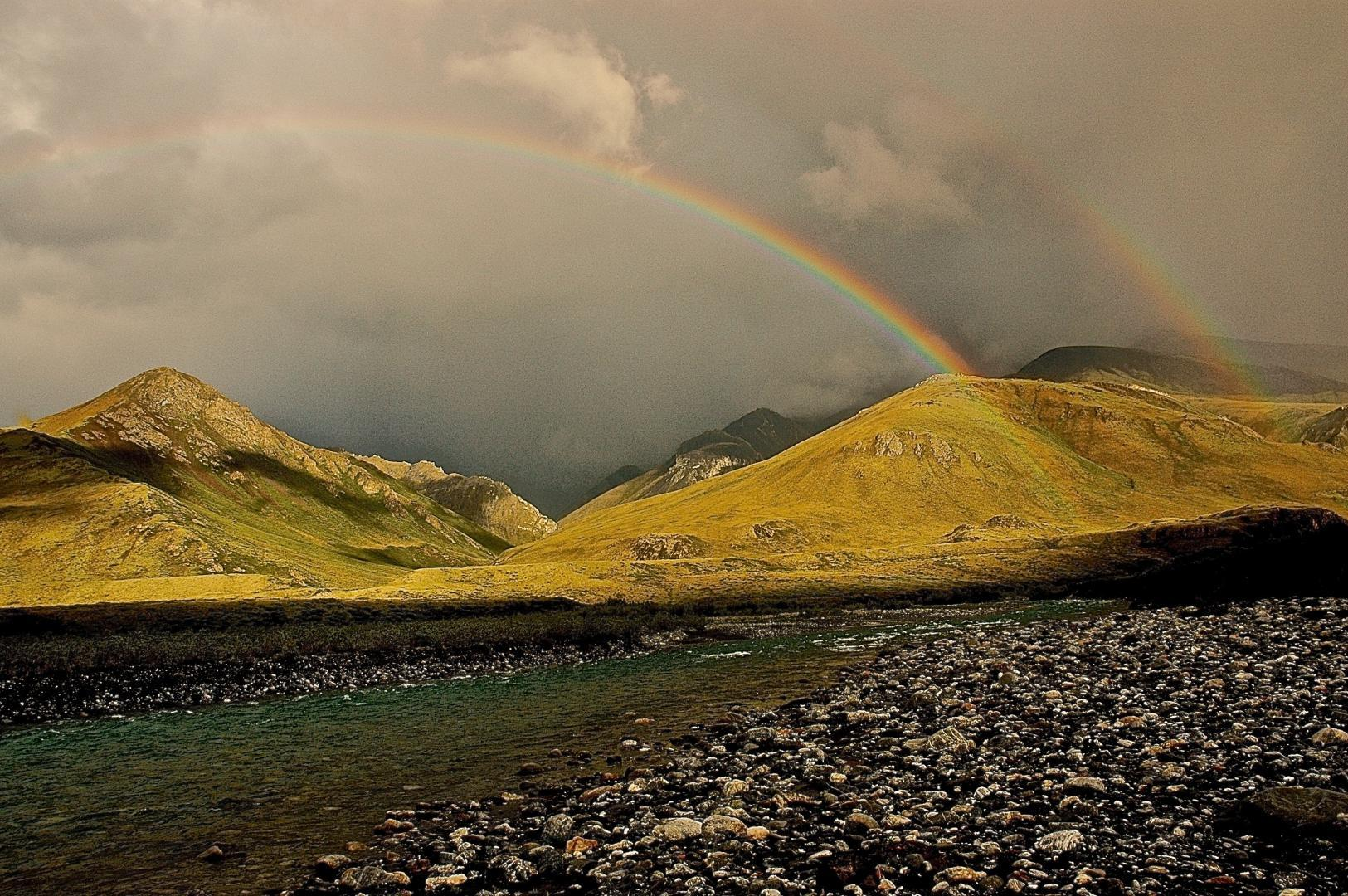 Double rainbow, lower Marsh Fork wilderness addition, Canning River © Dave Foreman