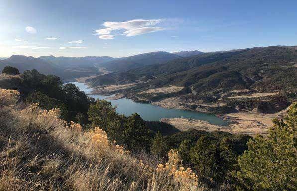 Grand Hogback Colorado divides Colorado Plateau from Southern Rocky Mountains Colorado
