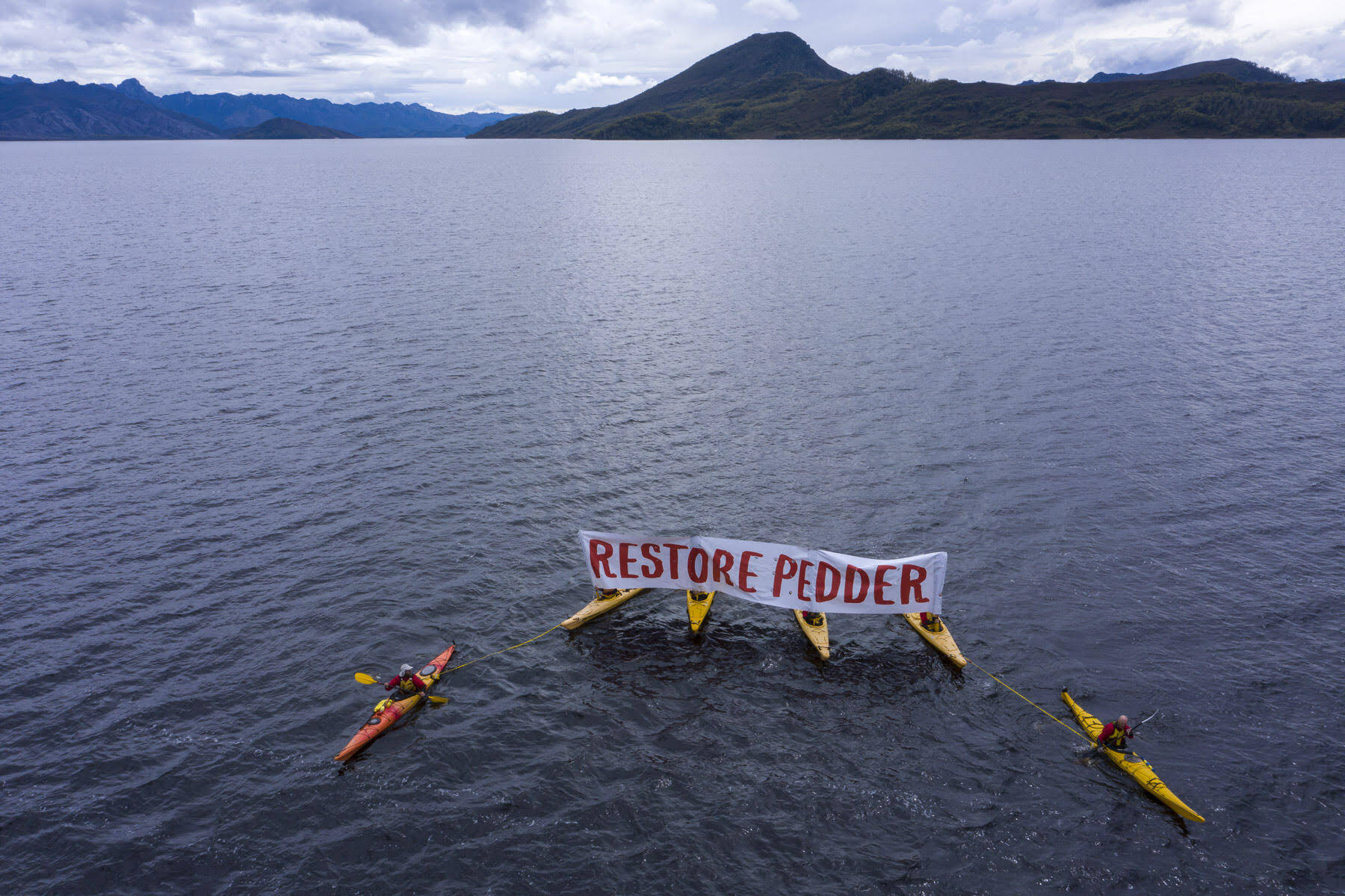 Paddle for Pedder on the impoundment 2020 (Credit: Rob Blakers)