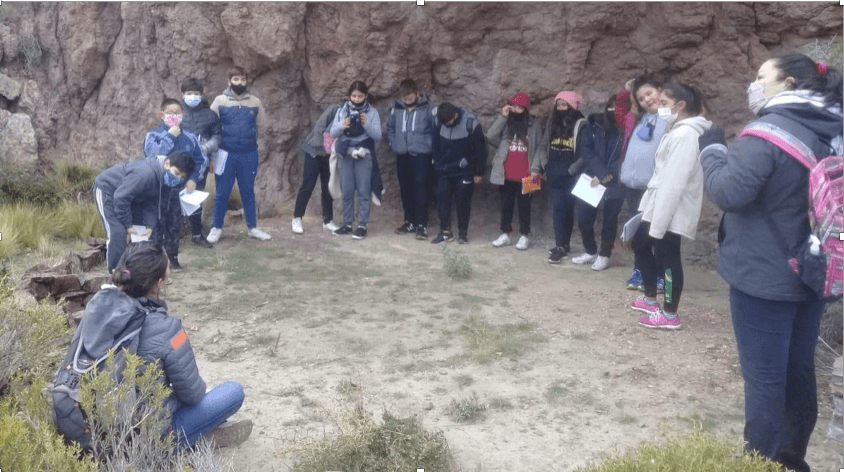 Local kids from Camarones learning about the importance of complete ecosystems