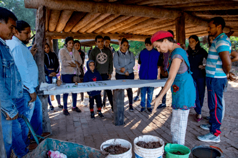 Local people from all ages were attracted by the opportunity of learning more about ceramic